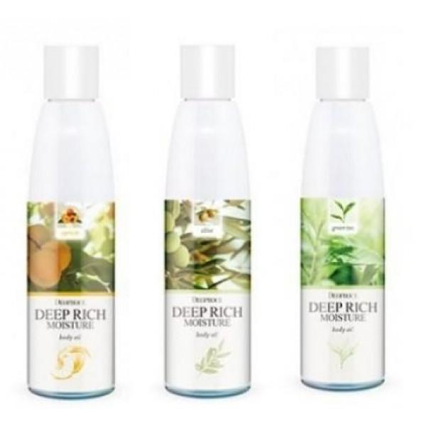 масло для тела увлажняющееDeep Rich Moisture Body Oil. Масло для тела увлажняющее<br><br>Масло для ухода за кожей тела – незаменимое средство, позволяющее поддерживать здоровье, молодость и красоту. Масло помогает сохранить кожу гладкой и эластичной, без шелушений, эффективно смягчает огрубевшие участки кожи.<br><br>Deep Rich Moisture Body Oil от Deoproce – серия средств, обогащенных различными натуральными маслами и экстрактами. Средства легкие, с приятной текстурой, быстро впитываются и не пачкают одежду.<br><br><br>01. Deoproce Deep Rich Moisture Body Oil Apricot<br><br><br>Средство с маслом абрикосовых косточек способствует хорошему питанию, смягчению и увлажнению кожи, предупреждает появление сухости и шелушений, ускоряет отслаивание ороговевших чешуек, благодаря чему кожа становится более гладкой и шелковистой. Масло оказывает омолаживающее действие: повышает упругость кожи, тонизирует ее, разглаживает морщины. Незаменимо для увядающей и дряблой кожи.<br><br><br>02. Deoproce Deep Rich Moisture Body Oil Grape<br><br><br>Масло виноградных косточек – универсальное масло, великолепно ухаживает за любым типом кожи. Оказывает противовоспалительное и вяжущее действие, помогает повысить упругость кожи, делает ее более подтянутой и хорошо увлажненной. Содержит самый мощный естественный антиоксидант – процианид, который борется со свободными радикалами и замедляет процессы разрушения клеток кожи, замедляя процесс старения. Масло эффективно для повышения тонуса кожи груди.<br><br><br>03. Deoproce Deep Rich Moisture Body Oil Green Tea<br><br><br>Экстракт зеленого чая оказывает противовоспалительное и регенерирующее действие, увлажняет и питает кожу. Зеленый чай обладает хорошей проникающей способностью, поэтому воздействует на самые глубокие слои эпидермиса. Зеленый чай – мощный природный антиоксидант, защищает кожу от негативного воздействия свободных радикалов.<br><br><br>04. Deoproce Deep Rich Moisture Body Oil Olive<br><br><br>Оливковое масло оказывает великолепное пи