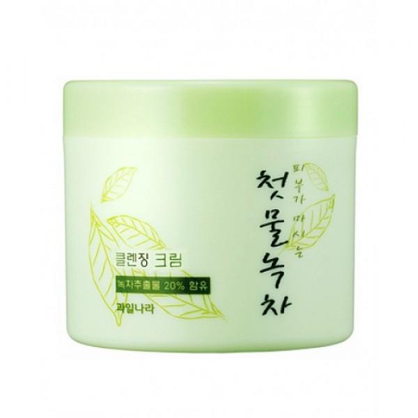 крем очищающий welcos green tea fresh cleansing creamGreen Tea Fresh Cleansing Cream. Очищающий крем с экстрактом зеленого чая <br><br>Легкая, освежающая текстура, тонкий, освежающий аромат – настоящее удовольствие для кожи. Очищающий крем с 20% ферментированного экстракта зеленого чая позволяет бережно удалять с кожи повседневные загрязнения, пыль, кожный жир, а также косметику. Средство хорошо очищает не только поверхность кожи, но и поры, благодаря чему предупреждается появление воспалений, регулируется работа сальных желез, улучшается общее состояние кожи.<br><br>Зеленый чай, который играет ведущую роль в составе крема – уникальное растение. Его химический состав и свойства находят применение в онкологии, кардиологии, эндокринологии, геронтологии, дерматологии, косметологии, гепатологии и других областях медицины. Экстракт зеленого чая – мощный антиоксидант и надежная защита кожи от преждевременного старения. Экстракт нейтрализует агрессивное воздействие свободных радикалов, благодаря фотопротекторному действию снижает воспалительные процессы, связанные с термическим поражением кожи ультрафиолетом.<br><br>Очищающий крем с зеленым чаем Green Tea Fresh Cleansing Cream обладает противовоспалительными, антисептическими и противобактериальными свойствами, ускоряет заживление воспалений и раздражения кожи, регулирует работу сальных желез и снижает выработку кожного жира, устраняет жирный блеск кожи, матирует ее. Регулярное применение очищающего крема с зеленым чаем способствует постепенному оздоровлению кожи:<br><br><br>нормализуются обменные процессы;<br><br>укрепляются сосуды;<br><br>уменьшаются проявления купероза;<br><br>исчезает отечность лица;<br><br>кожа становится более упругой и подтянутой, улучшается ее цвет.<br><br><br>Способ применения: Нанести небольшое количество крема на сухую кожу лица, помассировать до растворения макияжа, затем удалить все бумажной салфеткой. Затем можно умыться теплой водой или использовать пенку.<br><br>Вес г: 300.00000000