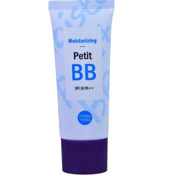 бб крем для лица увлажнение holika holika petit bb moisturising spf30 pa++Petit BB Moisturising SPF30 PA++.&amp;nbsp;ББ крем для лица Увлажнение<br><br>Идеальное покрытие и совершеное слияние с тоном твоего лица. Забудь о границах и эффекте маски - крем подстроится под любой оттенок и тип кожи, спасибо за это корейским косметологам и их стремлению к инновациям.<br><br>Линия BB кремов обеспечит помощь в сохранении молодости, красоты и здоровья кожи. Вы сможете подобрать прекрасную основу, для нужного типа кожи, учитывающую особенности и проблемы именно вашего эпидермиса. Данные крема избавят от основных проблем кожи – воспалений, сухости, возрастных изменений, нехватки питательных элементов.<br><br>Интенсивно увлажняет самую сухую кожу. Обеспечивает молочный цвет. Этот крем продлевает молодость кожи за счет мощного светофильтра, а также смягчает и увлажняет кожу.<br><br>Главным действующим веществом стала гиалуроновая кислота, которая как губка наполняется влагой и удерживает ее, питая водой кожу, а также транспортируя важные активные компоненты, которые обеспечивают здоровье дермы. Эта составляющая предотвращает разрушение коллагена и ускоряет регенеративные процессы в эпидермисе.<br><br>Способ применения: нанести крем легкими движениями на кожу лица.<br><br>Объем: 30 мл<br>