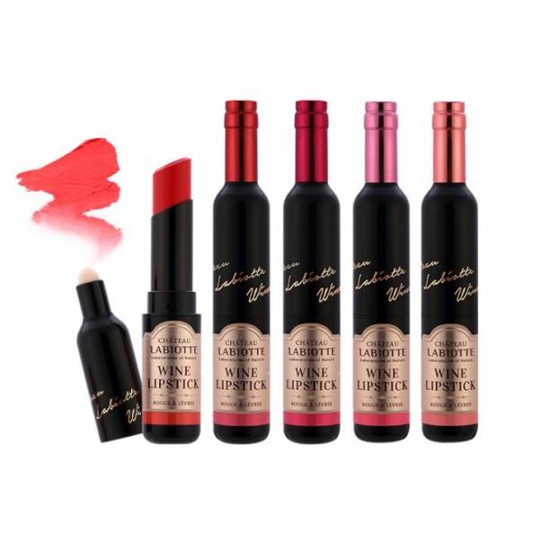 помада тающая labiotte chateau wine lip stick meltingChateau Wine Lip Stick Melting. Помада тающая<br><br>Губная помада обладает тающей при t 28°C текстурой, создавая гладкое, увлажняющее покрытие. Покрывая пленкой кожу губ, помада создает стойкий эффект с яркими, сочными тонами.<br><br>Экстракт красного вина содержит аминокислоты и органические соединения, богат микроэлементами – железом, цинком, марганцем и другими, а так же набором органических кислот, увлажняющих кожу. Но его главная ценность – в биологически активных полифенолах. Являясь антиоксидантами, все полифенолы защищают эластин кожи от деградации эластазы и сохраняют структуру коллагеновых волокон.<br><br>На коже полифенолы обеспечивают мощную защиту кожи от агрессивного влияния внешней среды и солнца. Полифенолы, как показали исследования французских ученых, оказались в этом отношении сильнее даже витаминов С и Е.Встроенный аппликатор позволяет создать градиент.<br><br>Способ применения: Наносите губную помаду на сухую, чистую кожу губ.<br><br>Вес: 3.7 г<br><br>Вес г: 3.70000000