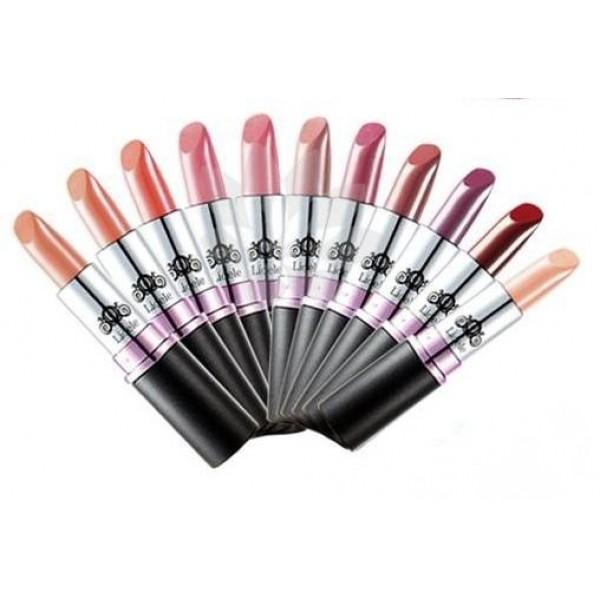 помада кукольная экстра-увлажнение lioele dollish lipstickDollish Lipstick. Помада кукольная экстра-увлажнение<br><br>Помада с экстра-эффектом увлажнения, оставляет яркий и сочный оттенок и легкий блеск на губах, глубокое увлажнение препятствует пересушиванию, растрескиванию, появлению морщинок и трещинок.<br><br>Оптимальное увлажнение увеличивает объем губ, делает их гладкими, мягкими. В состав входит рапсовое масло, которое дает влажный блеск. Препятствует испарению влаги, защищает от агрессивных воздействий внешней среды.<br><br>Широкая палитра оттенков предлагает большой выбор для создания любого образа:<br><br><br>№1. Apricot beige – абрикосовый бежевый.<br><br>№2. Nudy coral – мягкий коралловый.<br><br>№3. Baby Peach – нежный персиковый.<br><br>№4. Flower Pink – розовый цветок.<br><br>№5. Baby Pink – мягкий розовый.<br><br>№6. Nudy Pink – нежно-розовый.<br><br>№7. Elegant rose – элегантная роза.<br><br>№ 8. Maple Brown – коричневый клен.<br><br>№ 9. Bordeaux Wine – бордовое вино.<br><br>№ 10. Madonna Red – вишневый.<br><br><br>Губная помада придает губам отчетливый, насыщенный, блестящий оттенок, визуально делает губы более объемными.<br><br>Способ применения: Помаду наносить на губы тщательно растушевывая от центра.<br><br>Вес: 4 г<br><br>Вес г: 4.00000000