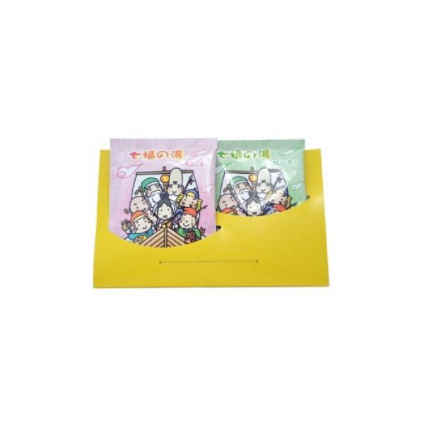 соль для ванны горячий источник shitifukunoyu max shitifukunoyu bath salt (2)Shitifukunoyu Bath Salt (2). Соль для ванны Горячий источник SHITIFUKUNOYU  (ароматы сосны и сливы)&amp;nbsp; - вода от СЕМИ БОГОВ СЧАСТЬЯ. &amp;nbsp;<br>Соли и минералы горячего источника в сочетании с растительными компонентами помогают снять напряжение и стресс, увлажняют и смягчают кожу.<br>Ароматный пар и нежный цвет воды улучшают настроение, заряжают энергией, снимают раздражение и усталость, создают атмосферу уюта и комфорта.<br><br>Состав1: сульфат натрия, экстракт сосны, декстрин, вода, двуокись кремния, BG, отдушка, краситель голубой 1, краситель желтый 4<br><br>Состав2: сульфат натрия, бикарбонат натрия, отдушка, двуокись кремния, фруктовая вода из японской сливы, декстрин, краситель красный 102, краситель красный 106.<br><br>Способ использования: содержимое одного пакетика (25 г) рассчитано на 180 л воды. Растворить в воде перед принятием ванны.<br><br>Меры предосторожности: храните средство в недоступном для маленьких детей месте. Не используйте для иных целей, кроме принятия ванны. При возникновении во время или после применения данного средства на коже сыпи, покраснении, зуда, раздражений и др. изменений прекратите использование и обратитесь к врачу. Не храните в местах с высокой температурой и влажностью. После вскрытия упаковки используйте сразу все содержимое. При попадании средства в глаза, немедленно промойте обильным количеством воды.<br><br>25 г * 2 шт.<br><br>Вес г: 50.00000000