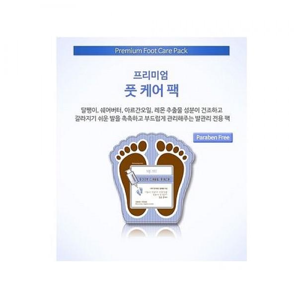 маска для ногPremium Foot Care Pack. Маска для ног - ухаживающая маска-носочки для ухода за сухой и огрубевшей кожей ног в домашних условиях.<br><br>&amp;nbsp;<br><br>Маска эффективно увлажняет, глубоко питает и смягчает кожу ног, снимает усталость, освежает и обеспечивает полноценный и бережный уход.<br><br>&amp;nbsp;<br><br>В состав маски для ног входит целый комплекс таких натуральных компонентов, как масло ши, аргании, экстракты центеллы, гиалуроновая кислота, трегалоза, фильтрат секреты улитки, аллантоин, экстракт камелии, экстракты лайма, апельсина, лимона, японской ламинарии, трутовика, томата, масло мяты перечной и др.<br><br>&amp;nbsp;<br><br>Масло ши глубоко питает, увлажняет, смягчает, способствует быстрой регенерации трещин на коже, улучшает микроциркуляцию крови, повышает ее защитные функции.<br><br>&amp;nbsp;<br><br>Аргановое масло насыщает кожу питательными веществами, интенсивно увлажняет и помогает надолго удержать влагу , успокаивает, оказывает противовоспалительное и регенерирующее действие.<br><br>&amp;nbsp;<br><br>Гиалуроновая кислота глубоко увлажняет кожу и создает на ней невидимый защитный барьер, предохраняющий кожу от потери влаги, повышает упругость и эластичность кожи.<br><br>&amp;nbsp;<br><br>Экстракт центеллы витаминизирует кожу, снимает напряжение и мышечные спазмы ног, улучшает упругость кожи, способствует быстрой регенерации клеток кожи.<br><br>&amp;nbsp;<br><br>Экстракт слизи улитки способствует быстрой регенерации кожи, ускоряет заживление трещин и воспалений, разглаживает и успокаивает кожу.<br><br>&amp;nbsp;<br><br>Экстракты лимона, апельсина и лимона улучшают обмен веществ, тонизируют, обогащают кожу витаминами, оказывают антибактериальное и ранозаживляющее действие, разглаживают кожу и делают ее более упругой.<br><br>&amp;nbsp;<br><br>Способ применения: Помойте и вытрите насухо ноги перед применением маски. Достаньте носочки, пропитанные эссенцией, и наденьте их на ноги. Помассируйте ноги и равномерно распределите эссенцию внут