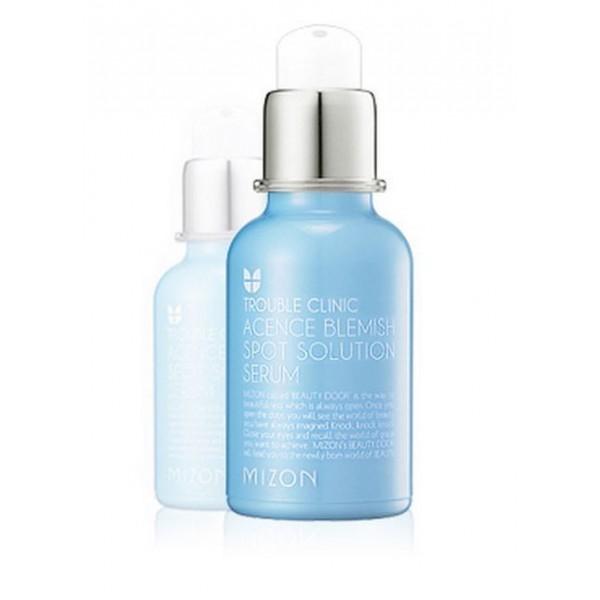 сыворотка для проблемной кожи  mizon acence blemish spot solution serumAcence Blemish Spot Solution Serum. Сыворотка для проблемной кожи&amp;nbsp;<br><br>Средство по уходу за кожей для тех, кого беспокоят прыщи, покраснения, раздражения, воспаления, а также расширенные поры.<br><br>При регулярном применении эффективно устраняет хронические воспалительные процессы в коже, избавляя от акне.<br><br>Регулируя выработку кожного жира, сыворотка защищает кожу от бактерий, которые вызывают воспаления. Сыворотка комплексно ухаживает за проблемной кожей: дезинфицирует очаги воспаления, успокаивает кожу, заживляет, способствует восстановлению поврежденных кожных покровов, а также, что наиболее ценно, оказывает профилактическое действие, предотвращая появление новых воспалений.<br><br>Кроме лечебного действия, сыворотка оказывает и заметное визуальное улучшение: рельеф кожи сглаживается, а покраснения уменьшаются.<br><br>Сыворотка не имеет возрастных ограничений, поэтому может использоваться и для молодой проблемной кожи в период полового созревания. Наносится точечно на очаги воспаления.<br><br>Активные компоненты:<br><br><br>Экстракт лимона – обладает антибактериальным действием, очищает кожу от омертвевших клеток, регулирует выработку кожного жира, ускоряет процесс восстановления клеток. Сужает расширенные поры, уменьшает плотность комедонов. Обладает легким отбеливающим эффектом, тонизирует кожу.<br><br>Экстракт сосны – оказывает противовоспалительное действие, уменьшает раздражения и зуд, укрепляет сосуды, тонизирует. Природный антиоксидант.<br><br>Экстракт плюща – выводит токсины из подкожной ткани, тонизирует. Обладает антибактериальным и противовоспалительным действием. Улучшает микроциркуляцию и жировой обмен, снимает отеки.<br><br>Экстракт лимонника китайского – регулирует водно-солевой обмен и микроциркуляцию крови, уменьшает отеки. Триклозан – оказывает противовоспалительное и антимикробное действие.<br><br>Аллантоин – ранозаживляющий компонент сыворотки, разглажива