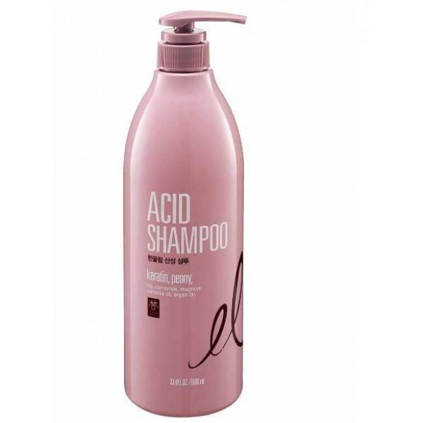 низкокислотный шампунь с кератином daeng gi meo ri han all lim acid shampooHan All Lim Acid Shampoo.&amp;nbsp;Низкокислотный шампунь с кератином<br><br>Шампунь глубоко очищает кожу головы и волосы от загрязнений, устраняет излишки кожного жира, противостоит шелушению и раздражению кожи головы.<br><br>Средство оказывает укрепляющее действие на волосы, стимулирует к быстрому росту.<br><br>Содержит масло арганы и камелии, которые интенсивно увлажняют локоны и восстанавливают оптимальный водный баланс.<br><br>Шампунь оказывает разглаживающее действие на волосы, делает их гладкими, мягкими и шелковистыми. Обладает приятным цветочным ароматом, который поднимет настроение и надолго задержится на волосах.<br><br>Способ применения: Нанести небольшое количество шампуня на влажные волосы. Равномерно распределить по всей длине, вспенить массирующими движениями. Смыть большим количеством теплой воды.<br><br>Объем: 1000 мл<br>