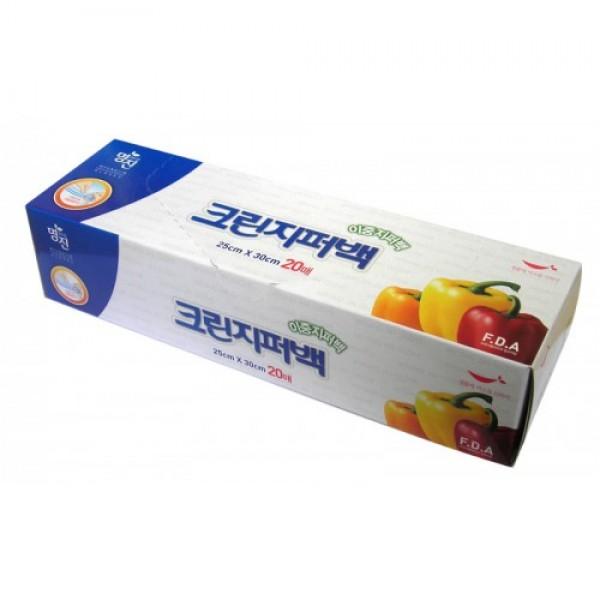пакеты полиэтиленовые пищевые с двойной застежкой – зиппером в коробке myungjin bags double zipper typeBags Double Zipper Type. Пакеты полиэтиленовые пищевые с двойной застежкой – зиппером в коробке<br><br>Безопасные, удобные и прочные пакеты изготовлены из полиэтилена высокого давления. Пакеты предназначены для хранения пищевых и непищевых продуктов; очень удобны для хранения сыпучих продуктов и мелких бытовых товаров.<br><br>Двойная застежка обеспечивает прочное и плотное сцепление.<br><br>Преимущества пакетов с двойной застежкой - зиппером:<br><br><br>позволяют быстро и герметично упаковывать как пищевые продукты, в том числе<br><br>жидкие, так и промышленные товары;<br><br>надолго сохраняют свежесть продуктов и потребительские качества товаров;<br><br>блокируют проникновение влаги и неприятных запахов;<br><br>обеспечивают возможность многократного использования.<br><br><br>Пакеты упакованы в картонную коробку с отверстием для удобного их извлечения.<br><br>Состав: LDPE 5321 (полиэтилен высокого давления).<br><br>Меры предосторожности: не подносите близко к огню. Храните в труднодоступных для детей местах. Острые предметы или инструменты могут повредить пакет. Если продукт в пакете содержит большое количество жира, не разогревайте его в микроволновой печи. Не подвергайте воздействию температур ниже -100С.<br><br>&amp;nbsp;<br><br>Размеры:<br><br>25 x 30 см<br><br>18 x 21 см<br><br>Количество:&amp;nbsp;20 шт.<br><br>Вес г: 50.00000000