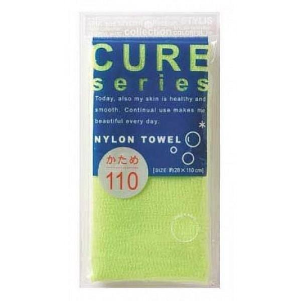 мочалка для тела жесткая (зеленая) o:he cure nylon towel hard greenCure Nylon Towel Hard Green. Мочалка для тела жесткая (зеленая)<br><br>Объёмное плетение нейлоновых нитей позволяет создавать нежную пену даже при минимальном количестве, используемого мыла. Применение этой мочалки, позволяет чувствовать себя прекрасно каждый день. Мочалка прекрасно массирует тело, очищает поры, стимулирует циркуляцию крови. <br><br>После мытья мочалку необходимо очистить от остатков мыла и высушить.<br><br>Предупреждение: использовать мочалку только для мытья тела; при чувствительной коже тела, а также в случае длительного и интенсивного трения одного и того же участка тела может возникнуть раздражение кожи; в процессе длительного использования размер мочалки и её форма может слегка деформироваться; не использовать для стирки мочалки синтетические моющие средства, отбеливание, машинную стирку и сушку; не сушить мочалку вблизи открытого огня.<br><br>Состав: 100% нейлон.<br>