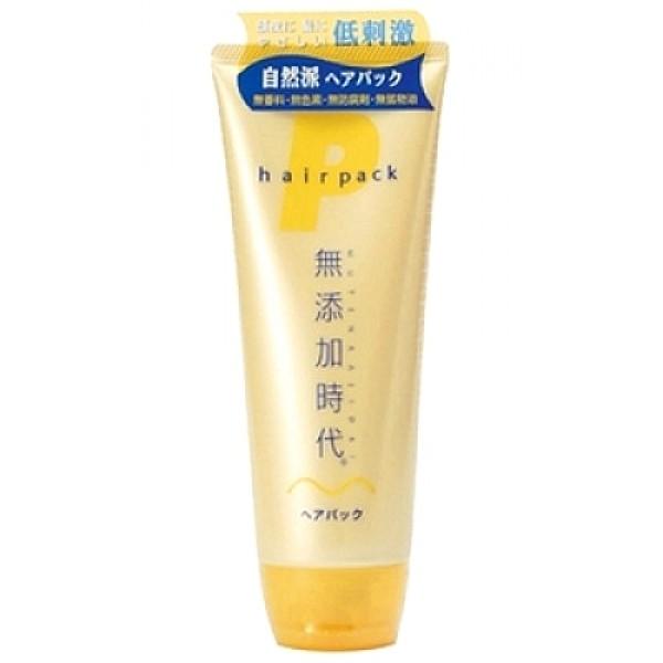 маска для волос без добавок. цена real mutenka jidai hair packMutenka Jidai Hair Pack. Маска для волос без добавок - не содержит парфюмерных отдушек, красителей, минеральных масел, консервантов класса парабенов. Моментально проникает в волосы и кожу головы, поддерживает оптимальный уровень влаги. Поддерживает здоровый вид и состояние волос и кожи головы, давая ощущение продолжительного увлажнения, даже после того, как волосы высыхают. <br><br>В составе - натуральные увлажняющие растительные компоненты - экстракты лакричника, листьев персикового дерева, хмеля, горького апельсина, а также масло ореха макадамия, которое имеет свойство проникать в повреждённые участки волос, придавая волосам блеск, упругость и эластичность. Обладает освежающим ароматом цитрусовых фруктов.<br><br>Способ применения: нанести необходимое количество средства на чистые, влажные волосы и кожу головы, хорошо смыть тёплой водой. На особенно повреждённых участках волос можно оставить средство даже на 5-6 минут, после чего смыть. Рекомендуемое количество раз применений 1-2 раза в неделю. Если волосы очень повреждены, можно наносить средство после каждого применения шампуня. Эффективность действия усилится, если применять в сочетании с шампунем и бальзамом для волос этой же серии.<br><br>Внимание при применении: не используйте средство, если оно вызывает покраснение, раздражение, зуд или воспаление кожи головы и проконсультируйтесь с врачом-дерматологом. Избегайте попадания в глаза, при попадании сразу же промойте глаза водой. Храните в недоступных для детей местах.<br><br>Состав: вода, гидрогенизированное рапсовое масло, глицерин, диметикон, гидрогенизированное пальмоядерное масло, пчелиный воск, оксигидроксипропиларгинин HCl, кокоилалкининэтил РСА, стеарилтримониумбромид, масло ореха Макадамия, экстракт лакричника, хинокитиол, масло горького апельсина, экстракт хмеля, экстракт листьев персикового дерева, лимонная кислота, этоксидигликоль, BG, изопропанол.<br><br>220 g<br><br>Вес г: 220.00000000