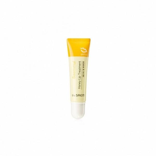 бальзам для губ питательныйSaemmul Honey Lip Treatment SPF10. Бальзам для губ питательный медовый<br><br>Чтобы тонкую и нежуню кожу губ не повреждало УФ-излучение, чтобы ветер, жара или холод не сушили кожу губ и не вызывали появление шелушений и трещин, необходимо использовать специальные уходовые средства.<br><br>&amp;nbsp;<br><br>Медовый бальзам для губ подарит им красивый и сочный цвет, а также обеспечит полноценный уход. Бальзам увлажняет, питает и смягчает кожу, способствует регенерации клеток, а также защищает от УФ-излучения.<br><br>&amp;nbsp;<br><br>В составе бальзама:<br><br>Экстракт мёда – питает, увлажняет и смягчает кожу, наполняет её витаминами и минералами, оказывает противовоспалительное, антимикробное, противовирусное и антисептическое действие. Поэтому, мёд успокаивает кожу и способствует заживлению микротрещин, а также предупреждает появление воспалений.<br><br>&amp;nbsp;<br><br>Березовый сок – увлажняет кожу, эффективно борется с тусклостью и нездоровым цветом, стимулирует регенерацию тканей, снимает воспалительные явления на коже и устраняет покраснения.<br><br>&amp;nbsp;<br><br>Водный экстракт дамасской розы – поддерживает естественный баланс влаги, нормализует работу сальных желез, успокаивает и регенерирует, снимает покраснения, устраняет стянутость, повышает упругость и эластичность кожи, усиливает её сопротивляемость негативному воздействию окружающей среды.<br><br>&amp;nbsp;<br><br>Масла иланг-иланг, лаванды и розмарина усиливают оздоравливающее действие бальзама, а также дарят средству едва уловимы аромат, положительно воздействующий на эмоциональное состояние и настроение.<br><br>&amp;nbsp;<br><br>После нанесения бальзама кожа губ становится увлажненной, мягкой и шелковистой, а при регулярном использовании разглаживаются мелкие морщинки, кожа обретает упругость и эластичность.<br><br>&amp;nbsp;<br><br>Способ применения: Нанести на чистые губы, использовать по мере необходимости, когда возникает чувство сухости губ.<br><br>&amp;nbsp;<br><