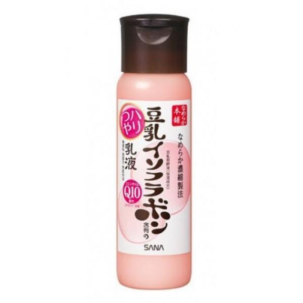 увлажняющее молочко с коэнзимом q10 sana soy milk haritsuya milk lotionУвлажняющее молочко с изофлавонами сои и капсулированным коэнзимом Q10 глубоко увлажняет, повышает естественные упругость и эластичность кожи за счёт действия полученных из соевых бобов увлажняющих компонентов: изофлавоны, полученные из соевых бобов; изофлавоны, полученные из ферментированного соевого молока; экстракт соевых бобов; растительный коллаген, полученный из соевого белка. Кроме того, капсулированный коэнзим Q10 (капсулы коллагена, содержащие коэнзим Q10) способствует выработке клеточной энергии, оживляя кожу.<br><br>Молочко применяется при появлении таких признаков усталости кожи, как утрата тонуса, тусклый цвет лица.<br>Не содержит парфюмерных отдушек, искусственных красителей и минеральных масел.<br><br>Способ применения: нанести после применения лосьона ватным диском или кончиками пальцев.<br>Меры предосторожности: при покраснении, зуде, раздражении после применения прекратите использование средства и проконсультируйтесь с врачом-дерматологом. Не храните в местах повышенных/пониженных температур, избегайте попадания прямых солнечных лучей.<br><br>Состав: вода, триэтилгексаноин, BG, глицерин, цетила этилгексанат, бегениловый спирт, ферментированное соевое молоко, изофлавоны (из соевых бобов), экстракт соевых бобов, соевый белок, убихинон, токоферола ацетат, (глицериламидэтила метакрилат/ стеарила метакрилат) кополимеры, карбомеры, лимонная кислота, диметикон, стеариновая кислота, PEG-25 стеарат, PEG-60 глицерила стеарат, глицерила стеарат, три (каприловая кислота/каприновая кислота) глицерил, полисорбет 80, изоцетила миристат, лецитин, гидроксид натрия, гидрогенизированный лецитин, метилпарабен.<br><br>Объем: 150 мл.<br>