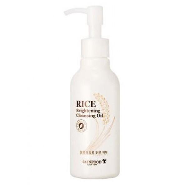очищающее масло с экстрактом риса skin food  rice brightening cleansing oilRice Brightening Cleansing Oil.&amp;nbsp;Очищающее масло с экстрактом риса<br><br>Ежегодно в мире съедается не менее 700 000 000 тонн риса. Сколько его используется в косметологии, доподлинно не известно. Но совершенно точно, что эта цифра будет тоже внушительной, так как рис – очень популярный компонент в составе косметики (особенно азиатской).<br><br>В составе гидрофильного масла от Skinfood экстракт рисовых отрубей, который обеспечивает не только великолепное очищение кожи, но и дарит ей непревзойденный уход, делает свежей и сияющей.<br><br>Экстракт рисовых отрубей отличается высоким содержание мощных антиоксидантов, которые защищают кожу от старения. Рисовые отруби прекрасно отшлифовывают отмершие клетки кожи, делают кожу гладкой и ровной. Обладают легким осветляющим эффектом, повышают упругость и эластичность кожи, способствуют разглаживанию морщин.<br><br>Гидрофильное масло с рисовыми отрубями поможет удалить даже самую стойкую косметику, в том числе и бб-кремы. Оказывает увлажняющее, противовоспалительное, смягчающее и восстанавливающее действие. Оно наиболее полезно для сухой увядающей кожи, а также для ухода за чувствительной кожей.<br><br>Способ применения: На сухую кожу лица сухими руками нанести средство, помассировать, смочить лицо водой, еще немного помассировать и хорошо смыть теплой водой.<br><br>Объём: 170 мл<br>