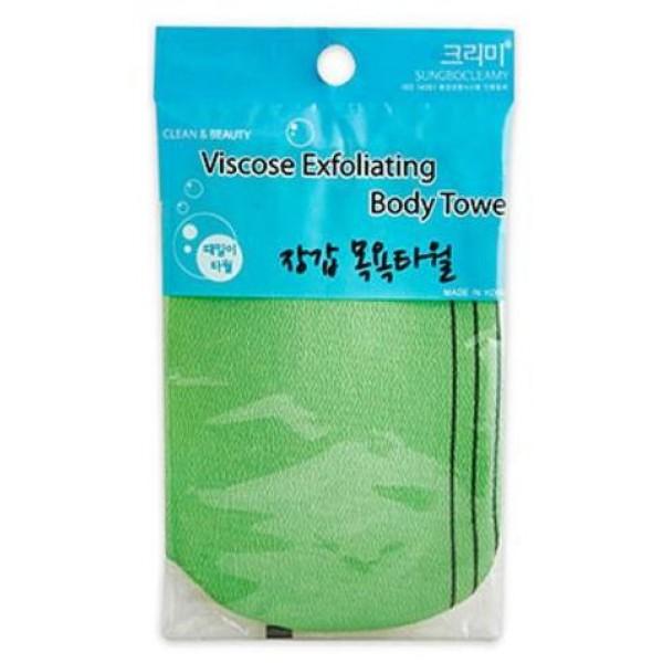 мочалка-варежка для душа sungbo cleamy viscose glove bath towelViscose Glove Bath Towel. Мочалка-варежка для душа<br><br>Очень удобная мочалка-варежка из вискозного материала дает чувство мягкой шероховатости при соприкосновении с кожей. Мочалка нежно массирует, деликатно отшелушивает мертвые клетки с поверхности кожи абсолютно безболезненно, не повреждая здоровую кожу.<br><br>Мягкая вискоза не вызывает раздражения и аллергических реакций, при контакте с кожей буквально вычищает с её поверхности загрязнения, оставляя комфортное чувство очищения и легкости после принятия душа.<br><br>Мочалка-варежка обеспечивает экономию геля для душа, для получения стойкой обильной пены необходимо минимальное его количество, такая же экономия достигается при использовании мыла.<br><br>Использование мочалки во время принятия душа не только позволяет очистить тело от загрязнений, легкий массаж вискозной ткани с особым плетением улучшает кровообращение капилляров кожи, улучшает доступ кислорода к клеткам, что способствует сохранению тонуса, повышению эластичности кожи.<br><br>Способ применения: Смочить водой мочалку-варежку, надеть на руку, добавить немного геля, вспенить, пену распределить по телу массирующими движениями. После использования прополоскать мочалку-варежку и просушить.<br><br>Размеры: 12 х 17 см<br><br>Вес г: 8.00000000