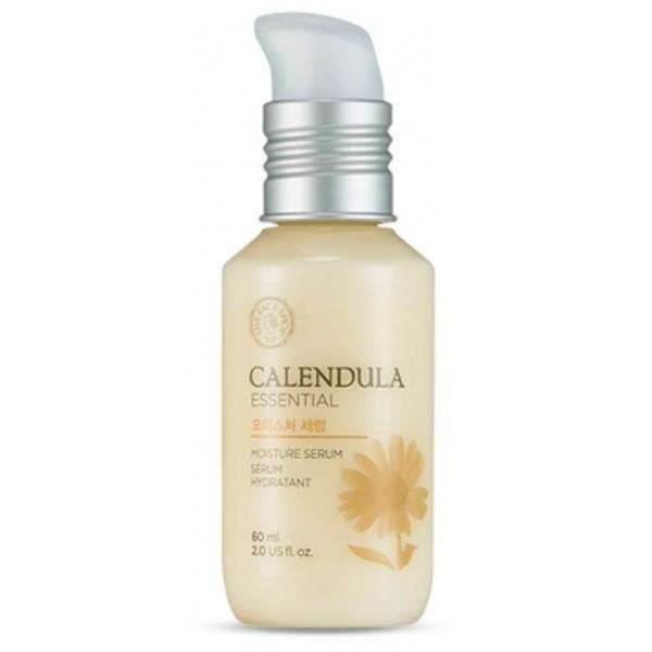 сыворотка увлажняющая с календулой the face shop calendula essencial moisture serumCalendula Essential Moisture Serum – это ультра-увлажняющая сыворотка нежной текстуры с приятным ароматом цветка календулы с фруктовой нотой манго.<br><br>Основное действие:<br><br>Усиливает защитные функции кожи, увлажняет и питает, снимает раздражение, уменьшает воспаления.<br><br>Предназначена для тех, кто ищет средство интенсивного ухода. Серум содержит высокую концентрацию активных веществ, быстро помогая решить проблемы сухости, стянутости, шелушения кожи.<br><br>Основные ингредиенты:<br><br><br>Растительный комплекс с высоким содержанием экстракта календулы (свыше 10%), вечерним первоцветом, алоэ и аллантоином оздоравливает кожу. Уменьшает воспаления, устраняет бактерии и улучшает регенерацию.<br><br>Вода лилии обладает успокаивающим и осветляющим эффектами, постакне становятся менее заметны. Сужает расширенные поры.<br><br>Гиалуроновая кислота глубоко увлажняет кожу, избавляя от шелушения и ощущения стянутости, и способствует ее гладкости.<br><br>Масло камелии повышает эластичность. Масло ши и грецкий орех питают и смягчают.<br><br>Масло манго усиливает защитные функции кожи, защищает ее от потери влаги и воздействия агрессианых факторов окружающей среды.<br><br>Масло жожоба, также известное как «жидкий воск» создает на коже неощутимую пленку и усиливает её защитные функции и регенерацию, придает упругость.<br><br><br>Эссенция помогает сохранить необходимый уровень влаги в клетках кожи, ускоряет клеточную регенерацию и устраняет раздражение.<br><br>Способ применения: Нанесите на сухую очищенную кожу и дайте впитаться.<br><br>Советы от консультантов: Серум наносится сразу после умывания на сухую кожу до тонера, поскольку имеет низкий молекулярный вес. Нанесите кончиками пальцев легкими массажными движениями. Используйте 1-2 раза в неделю перед сном.<br><br>Объем: 60 мл<br>