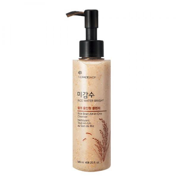 средство очищающее с рисовой водой the face shop rice bran all-in-one cleanserRice Bran All-in-One Cleanser. Средство очищающее с рисовой водой<br><br>Заменяет сразу несколько косметических средств, позволяет быстро и без усилий удалить с кожи макияж и загрязнения. Подходит для любого типа кожи, в том числе, даже для очень чувствительной и проблемной кожи.<br><br>Средство связывает и растворяет жиры на поверхности кожи, удаляет декоративную косметику, в том числе, стойкую: ББ и СС-кремы, любые тональные средства и санблоки, тушь, подводку, тинты. Не разрушает естественный защитный липидный слой, не оставляет чувства стянутости после умывания.<br><br>В составе средства рисовый экстракт, который оказывает глубокое увлажняющее, питательное и смягчающее действие, ускоряет регенерацию клеток, обладает успокаивающими и противовоспалительными свойствами, устраняет раздражения. Кроме того, экстракт риса улучшает цвет кожи: выравнивает ее тон, осветляет пигментацию, делает матовой и бархатистой.<br><br>Масло рисовых отрубей оказывает прекрасное питательное, увлажняющее и смягчающее действие. Его регенерирующие свойства способствуют обновлению кожного покрова, восстанавливают его упругость и эластичность. Масло разглаживает существующие морщины&amp;nbsp; и предупреждает появление новых. Оно легко впитывается и не забивает поры, гипоаллергенно, может применяться и для кожи в области вокруг глаз. Кроме того, масло служит защитой от ультрафиолетовых лучей.<br><br>Также в составе средства масла сладкого миндаля, ши, жожоба, макадамии и витамин E.<br><br><br>Масло сладкого миндаля – эффективно борется с воспалениями, придает мягкость, интенсивно питает кожу, разглаживает ее.<br><br>Масло жожоба – восстанавливает кожные покровы, снимает воспаления, обеспечивает полноценное питание и глубокое увлажнение.<br><br>Масло макадамии – делает кожу более гладкой и шелковистой, разглаживает ее и заметно омолаживает.<br><br>Витамин Е – природный антиоксидант, который препятствует раннему увяд