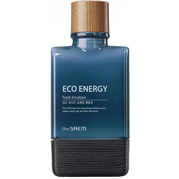 эмульсия мужская освежающая the saem eco energy fresh emulsionECO ENERGY Fresh Emulsion. Эмульсия мужская освежающая<br><br>С приятной освежающей текстурой предназначена для питания, увлажнения и смягчения кожи, регулирует работу сальных желез и предупреждает появление жирного блеска, устраняет шелушения и успокаивает раздражения. В составе эмульсии высокое содержание омолаживающих и ухаживающих компонентов.<br><br>Экстракт центеллы азиатской – оказывает выраженное противовоспалительное действие, превосходно сужает поры, повышает упругость кожи за счет ускорения синтеза коллагена, стимулирует кровообращение и укрепляет стенки сосудов, уменьшает отеки, устраняет покраснения, осветляет пигментные пятна.<br><br>Экстракт чайного дерева – мощный антисептик, оказывает противовоспалительное, бактерицидное, противогрибковое, противовирусное и ранозаживляющее действие.<br><br>Экстракт лаванды – оказывает противобактериальное и противовоспалительное действие, успокаивает и смягчает раздраженную кожу, устраняет шелушения. Улучшает микроциркуляцию и обменные процессы, структуру кожи, способствует синтезу протеинов, укрепляет структуру клеток, ускоряет выработку собственных керамидов для усиления и повышения плотности межклеточного вещества.<br><br>Экстракт хауттюйнии – экзотическое азиатское растение является прекрасным средством для сужения пор и обладает непревзойденными антибактериальными средствами, лечит инфекционные и грибковые заболевания кожи, контролирует секрецию сальных желез.<br><br>Также в составе эмульсии экстракты розмарина, ромашки, фенхеля и другие, которые усиливают оздоравливающее действие средства.<br><br>Эмульсия повышает тонус кожи и восстанавливает ее жизненную энергию, позволяет коже адаптироваться и противостоять экологическим стрессам и помогает усталой, подвергшейся стрессу коже восстановить естественный баланс, делает свежей и более ухоженной.<br><br>Способ применения: Нанести эмульсию на кожу легкими похлопывающими движениями.<br><br>Объём: 150 мл<b
