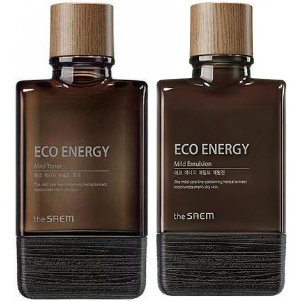 набор уходовый для мужчин the saem eco energy mild skin care 2 setEco Energy Mild Skin Care 2 Set. Набор уходовый для мужчин<br><br>В составе набора 2 полноценных средства: тонер и эмулься, а также две аналогичные миниатюры. Средства на основе растительных экстрактов и масел содержат всё необходимое для ухода за кожей мужчин и наполняют кожу энергией, восстанавливают жизненный тонус, делают ее свежей и ухоженной.<br><br>Ферментированные экстракты лаванды, розмарина и тимьяна – успокаивают кожу, оказывают противовоспалительное действие, ускоряют заживление ранок и порезов.<br><br>Экстракт лимона – мощный натуральный антиоксидант, нейтрализующий действие свободных радикалов, ускоряет клеточный метаболизм, подавляет синтез меланина, благодаря чему осветляются существующие пигментные пятна и предотвращается появление новых.<br><br>Экстракт мяты – освежает кожу, оказывает успокаивающее и болеутоляющее действие, что особенно актуально для чувствительной и раздраженной кожи, уменьшает отечность, стирает с лица следы стрессов и усталости, дарит приятную прохладу.<br><br>Экстракт гамамелиса – оказывает вяжущее и противовоспалительное действие, успокаивает кожу и снимает раздражения, сужает поры и улучшает цвет лица.<br><br>Гиалуроновая кислота – интенсивно увлажняет кожу, как на поверхности, так и изнутри, создает незаметную тончайшую пленку, которая предотвращает испарение воды, запирая ее внутри кожи.<br><br>Также в составе средств масла розмарина, лаванды, базилика, муската, герани, лимона и апельсина, которые усиливают ухаживающее и оздоравливающее воздействие средства на кожу, оказывают противовоспалительное, успокаивающее и регенерирующее действие.<br><br>Тонер завершает процесс очищения кожи и оберегает ее от обезвоживания, регулирует работу сальных желез и предупреждает появление жирного блеска.<br><br>Эмульсия с приятной освежающей текстурой молочка предназначена для увлажнения, питания и смягчения кожи, регулирует работу сальных желез и предупреждает появление жирн