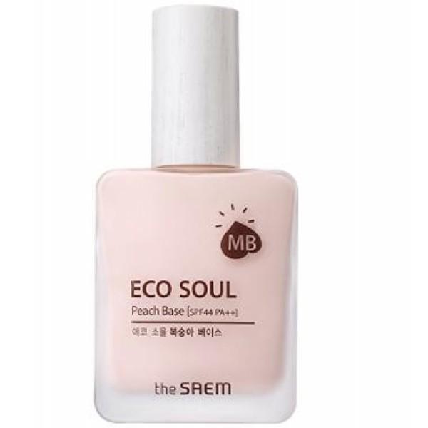 база под макияж  the saem eco soul peach baseEco Soul Peach Base. База под макияж<br><br>Кожа, нежная, как персик, и такой же красивый цвет! Никакой тусклой кожи и следов усталости. Корейская база под макияж от The Saem – возможность создать безупречный и стойкий макияж.<br><br>База с нежнейшей текстурой хорошо распределяется по коже, создает естественное равномерное покрытие, мгновенно увлажняет кожу, выравнивает ее тон и поверхность, позволяет скрыть пигментные пятна, купероз, синяки под глазами и т.д., придавая лицу свежее сияние.<br><br>Как и все декоративные и тональные средства компании The Saem, эта база является и прекрасным уходовым средством.<br><br>В составе базы высокое содержание растительных экстрактов: портулака, розмарина, женьшеня, риса, баобаба, абрикоса, гуавы, лемонграсса, лайма, яблока, мяты, ангелики. Этот растительный комплекс увлажняет и успокаивает кожу, оказывает противовоспалительное и регенерирующее действие, повышает тонус и упругость кожи, способствует разглаживанию морщин и осветлению пигментации.<br><br>Также за осветление кожи и выравнивание ее тона отвечает арбутин – компонент, который добывается из толокнянки, бадана, брусники, а также из шелковицы. Арбутин обладает доказанной эффективностью в борьбе с пигментацией различного происхождения.<br><br>Способ применения: Нанести базу на кожу лица до использования тональных средств.<br><br>Объём: 25 мл<br>
