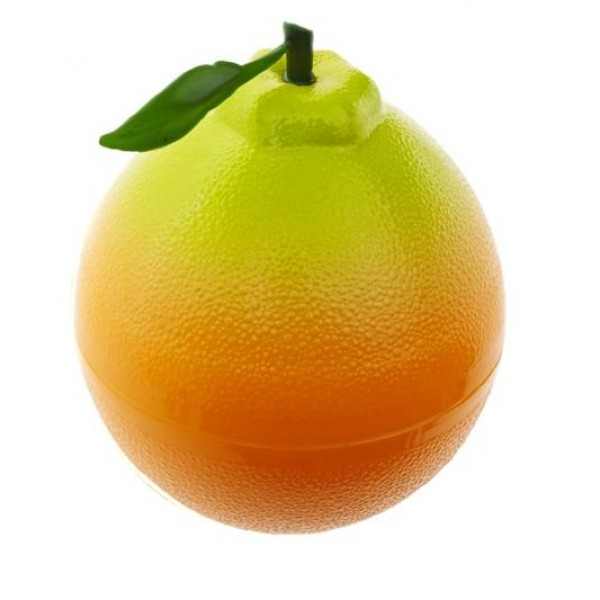 пилинг-гель мандариновый the yeon jeju hallabong energy peeling gelJeju Hallabong Energy Peeling Gel. Пилинг-гель мандариновый<br><br>Пилинг-гель содержит комплекс Чеджу (мандарин, киви, лимон), экстракт портулака и т.д.<br><br>Средство мягко очищает кожу от ороговевших частиц кожи, препятствует появлению угрей и сальных пробок, способствует выравниванию эпидермиса, улучшает тон кожи и контролирует работу сальных желез.<br><br>Натуральный комплекс экстрактов успокаивает раздраженную кожу, защищает активность собственных антиоксидантов кожи, предотвращает их истощению.<br><br>Экстракт мандарина богат бета-каротином, витамином С и лимонной кислотой. Восстанавливает защитную функцию кожи, а также помогает восполнить дефицит витаминов и в дополнение к этому усиливает восстанавливающие свойства клеток на сухих участках кожи. Оказывает тонизирующий эффект, предотвращая дряблость кожи.<br><br>Экстракт лимона благодаря высокому содержанию лимонной, аскорбиновой (витамина С) и яблочной кислоты, способствует более полному очищению кожи от отмерших клеток, улучшает состояние комбинированной и жирной кожи в целом: нормализует процессы эпителизации в выводных протоках сальных желез и устьях волосяных фолликулов и, как следствие, уменьшает плотность комедонов и размеры пор. Проявляет антибактериальное действие, стимулирует процесс регенерации клеток кожи, разглаживает мелкие морщинки.<br><br>Способ применения: Наносите пилинг массирующими движениями на сухую кожу лица, избегая области глаз и губ. Смойте средство теплой водой, после используйте средство для умывания.<br><br>Объем: 100 мл<br>