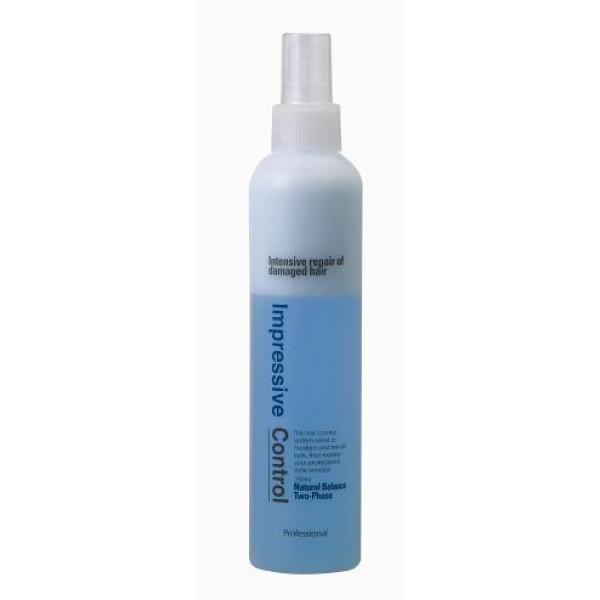 несмываемый двухфазный спрей для увлажнения волос welcos mugens natural two-phaseMugens Natural Two-Phase. Несмываемый двухфазный спрей для увлажнения волос<br><br>Профессиональная косметика для ухода за волосами в домашних условиях.<br><br>Двухфазный спрей обеспечивает интенсивное питание и увлажнение поврежденных и сухих волос. Невесомое средство окутывает волосы легкой дымкой, мгновенно увлажняет и освежает их. Благодаря мельчайшим размерам, активные компоненты спрея проникают в глубину волос, восстанавливая их структуру изнутри.<br><br>В составе спрея Cerasome DDS – уникальный липосомный комплекс, содержащий экстракт фускопории, бета-глюкан, керамиды, растительные белки и растительные экстракты. Каждый из этих компонентов благотворно влияет на состояние волос и взаимно усиливает действие остальных компонентов. Комплекс увлажняет и питает волосы, делает их более мягкими и послушными, предупреждает ломкость, запечатывает секущиеся кончики, оздоравливает.<br><br>После использования спрея волосы лучше расчесываются, становятся послушными, лучше деражт укладку. Также спрей предупреждает пересыхание волос, защищает их от агрессивного воздействия окружающей среды, фенов, утюжков и прочих стайлинговых средств.<br><br>Регулярное применение спрея устраняет ломкость волос, укрепляет их, делает более гладкими, эластичными, блестящими и шелковистыми.<br><br>Способ применения: Хорошо встряхнуть флакон и распылить спрей на вымытые еще чуть влажные или уже сухие волосы. Не смывать.<br><br>Объем: 250 мл<br>