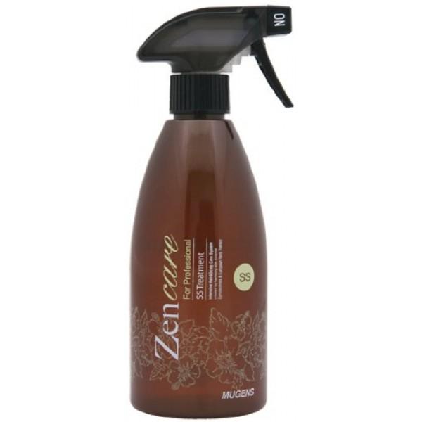 спрей восстанавливающий для волос welcos zen-care ss treatmentZen-Care SS Treatment. Спрей восстанавливающий для волос<br><br>Zen-Care&amp;nbsp;– уникальная профессиональная система интенсивного ухода за волосами в домашних условиях. Все средства созданы с использованием комбинации восточных ферментирующих компонентов и западной травяной терапии. Предназначены для очень сухих и поврежденных волос, лишенных блеска и мягкости частыми окрашиваниями и химическими завивками.<br><br>Интенсивное лечебное средство от Welcos в виде спрея позволяет оздоровить даже сильно поврежденные волосы. Во время использования и деликатного массажа превращается в легкую эмульсию, обволакивающую каждый волос от корня и до самого кончика. Активные компоненты микроскопических размеров проникают в структуру волоса и изнутри оказывают мощное восстанавливающее и увлажняющее действие, делают волосы здоровыми, шелковистыми и блестящими, поддерживают яркость и насыщенность цвета.<br><br>Основной компонент в составе средства – трипептид меди, который оказывает комплексное действие на волосы и кожу головы: улучшает питание кожи и волосяных фолликулов, укрепляет корни, предупреждает ломкость и выпадение волос, стимулирует их рост. Кроме того, повышает локальный кожный иммунитет, снижает чувствительность кожи головы к стрессовым и аллергенным факторам, заживляет воспаления, успокаивает. Волосы становятся более блестящими, эластичными, послушными, лучше поддаются укладке.<br><br>Также в составе спрея высокое содержание других полезных компонентов, оказывающих восстанавливающее и оздоравливающее действие.<br><br>Комплекс растительных экстрактов (хризантема, айва, полынь, зеленый чай, апельсин) оказывает увлажняющее действие, восстанавливает и оздоравливает волосы, минимизирует агрессивное воздействие окружающей среды, окрашивающих и укладочных средств.<br><br><br>экстракт хризантемы эффективно очищает волосы от токсинов;<br><br>экстракт зеленого чая способствует устранению перхоти и помогает справиться 