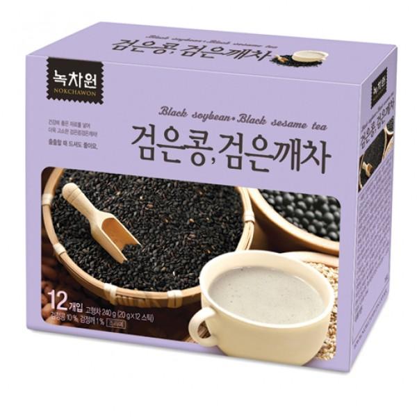 напиток из черных бобов и черного кунжута nokchawon black soybean black sesame teaНапиток из черных бобов и черного кунжута Nokchawon – это уникальный 100% натуральный диетический продукт из Южной Кореи, не содержащий вредных красителей и добавок.<br><br>&amp;nbsp;<br><br>Полезные свойства черных бобов:<br><br>Черные бобы богаты изофлавонами, которые являются неиссякаемым источником женского здоровья.&amp;nbsp; Эти удивительные фитоэстрагены оказывают благотворное воздействие особенно на организм женщины. Учеными было установлено, что длительное и регулярное применение продуктов из черных бобов способствует значительному снижению риска развития рака молочных желез. Изофлавоны, содержащиеся в черных бобах обладают антиоксидантными свойствами, оказывают антипролиферативное действие, нормализуют обмен женских половых гормонов эстрогенов и предупреждают образование в организме, так называемых, «плохих» и «опасных» метаболитов эстрогенов, преобладание которых повышает риск развития смертельных заболеваний.&amp;nbsp;<br><br>&amp;nbsp;<br><br>Кроме того, черные бобы являются хорошим средством для вывода токсинов из организма и снижает уровень холестерина в крови. Регулярное применение продуктов из черных бобов способствует выработке кожного коллагена и предотвращает преждевременное старение, делает кожу гладкой и эластичной. Также, в черных бобах содержание витаминов В1 и В2 в 3 раза выше, чем в молоке, что способствует улучшению состояния волос и кожи головы, предотвращает выпадение волос.<br><br>&amp;nbsp;<br><br>Черный кунжут содержит множество полезных для человеческого организм веществ, таких как медь, марганец, триптофан (незаменимая аминокислота), железо, цинк, фосфор и ряд витаминов. Кроме того, черный кунжут занимает первые места среди продуктов по количеству содержания кальция, а также регулирует кислородный обмен в организме.<br><br>&amp;nbsp;<br><br>Этот необыкновенный напиток Nokchawon с большим количеством полезных свойств и насыщенным ароматом черных бобов и