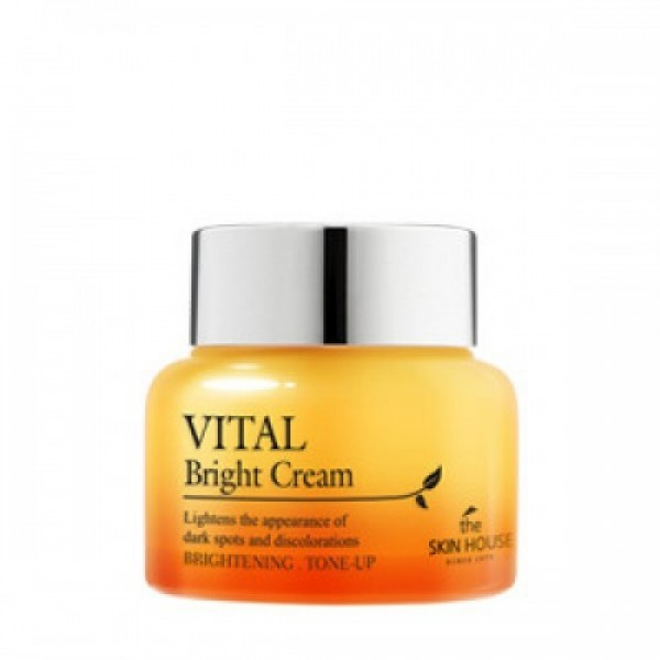 витаминизированный осветляющий крем the skin house vital bright creamVital Bright Cream. Витаминизированный осветляющий крем<br><br>Крем с нежной текстурой придаёт коже яркость, восстанавливает ее светлый и яркий тон. Крем из линии Vital Bright на основе ягодных и фруктовых экстрактов способствует осветлению пигментации, выравнивает рельеф кожи, увлажняет и защищает кожу от влияния агрессивных воздействий окружающей среды.<br><br>В составе крема ягодно-фруктовый коктейль экстрактов асаи, черешни, лимона, черники и шелковицы.<br><br>Ягоды асаи – уникальный продукт, богатый антиоксидантами, Омега кислотами 3, 6 и 9, витаминами и минералами, клетчаткой, фитонутриентами, аминокислотами, микроминералами, комплексом углеводов. Такой сочетание полезных для организма и кожи веществ, практически не встречается ни в одном продукте.<br><br>Благодаря гармоничному составу ягоды асаи в составе косметики уменьшают разрушение клеток кожи, замедляют процессы старения, питают и оздоравливают кожу, регулируют липидную активность верхних слоев кожи, стимулируют регенерацию клеток, ускоряют заживление воспалений.<br><br>Экстракт черешни – стимулирует синтез коллагена, благодаря содержанию биофлавоноидов, уменьшает разрушительное воздействие свободных радикалов на клетки кожи, замедляет процессы старения, помогает выводу токсинов, оказывает положительное воздействие на внешний вид кожи, которая становится более сияющей, подтянутой.<br><br>Экстракт лимона – благодаря высокому содержанию витамина С, осветляет пигментацию и следы пост-акне, регулирует излишнюю выработку меланина и препятствует излишней выработке себума, хорошо увлажняет, освежает кожу и защищает ее от негативного воздействия УФ-лучей и свободных радикалов.<br><br>Экстракт черники – комплекс природных антиоксидантов, которые замедляют процесс старения кожи, нейтрализуя свободные радикалы, помогают клеткам обновляться. Черника способствует сужению пор, укрепляет сосуды, интенсивно увлажняет кожу, благодаря чему она становится