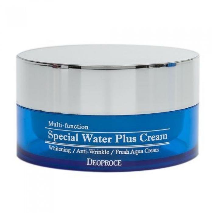 крем для лица увлажняющийSpecial Water Plus Cream. Крем для лица увлажняющий<br><br>Крем, который подарит коже мгновенное увлажнение и чувство свежести. Крем глубоко увлажняет кожу, а также воздействие еще по нескольким направлениям: осветляет пигментацию и разглаживает морщины.<br><br>В составе крем морской коллаген, гиалуроновая кислота, а также комплекс растительных экстрактов.<br><br>Морской коллаген является наиболее близким к естественному человеческому коллагену, он легко усваивается и на клеточном уровне замедляет процессы старения и утраты эластичности кожи, а также защищает кожу от пересыхания, «закупоривая» влагу внутри. При регулярном применении крем с морским коллагеном повышает прочность кожи, делает ее упругой и эластичной, защищает от механических повреждений и «провисаний».<br><br>Гиалуроновая кислота регулирует содержание воды в межклеточном пространстве. Создает на поверхности кожи защитный барьер, благодаря чему предупреждает обезвоживание кожи и поддерживает ее нормальную жизнедеятельность. Гиалуроновая кислота усиливает метаболизм клеток, улучшает тканевое дыхание, ускоряет синтез коллагена и эластина, благодаря чему кожный покров остаётся упругим и подтянутым. Способствует заживлению различных кожных повреждений, например, угревой сыпи или воспалений после длительного пребывания на открытом солнце.<br><br>Комплекс растительных экстрактов оказывает противовоспалительное действие, успокаивает чувствительную, раздраженную кожу, ускоряет заживление и восстановление эпидермиса, а также оказывает антиоксидантное действие, минимизируя разрушительное действие свободных радикалов и замедляя процессы старения кожи.<br><br>Увлажняющий крем станет спасением для сухой и обезвоженной кожи, великолепно освежает и тонизирует.<br><br>При регулярном применении разглаживаются кожные заломы, вызванные сухостью кожи, а также осветляется и выравнивается тон лица, исчезает тусклость и серость. Кожа, наполненная влагой, становится свежей и сияющей.<br><br>Способ прим
