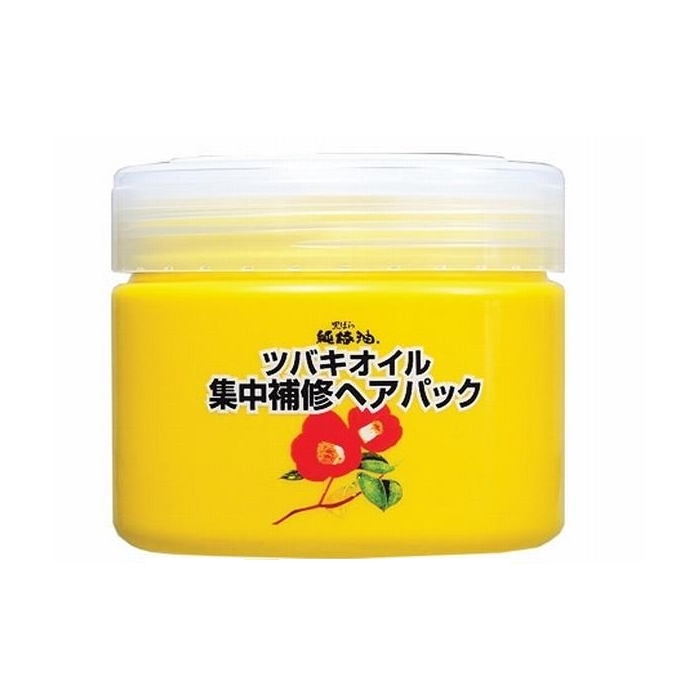 маска для волос интенсивно восстанавливающая  kurobara camellia oil concentrated hair packCamellia Oil Concentrated Hair Pack. Маска интенсивно восстанавливающая для поврежденных волос с маслом камелии японской рекомендуется для тонких, сухих, ломких волос, а также волос, повреждённых окрашиванием и химической завивкой.<br>За счёт входящего в состав масла семян камелии маска смягчает и питает волосы, компенсирует потерю естественной влаги, сглаживает поверхность волос, повышает прочность и эластичность, возвращает здоровый блеск тусклым безжизненным волосам.<br><br>Натуральное масло семян камелии&amp;nbsp; в составе маски удивительно смягчает и питает тонкие, ослабленные волосы, придаёт естественный живой блеск.&amp;nbsp; Благодаря удивительному свойству проникать в структуру волосяного стержня, масло восстанавливает повреждённые участки кутикулы волоса, усиливает защиту хрупких и ломких волос, препятствует появлению секущихся кончиков, повышает прочность и эластичность.<br><br>Применение маски в&amp;nbsp; комплексе с шампунем способствует интенсивному&amp;nbsp; экспресс -восстановлению повреждённых волос за счёт моментального глубокого проникновения активных компонентов маски в структуру волоса. Усиливает защиту волос после окрашивания и химической завивки.<br><br>Способ применения: после мытья головы шампунем или после применения кондиционера нанесите необходимое количество средства на волосы, через 2-3 минуты смойте. Рекомендуемое количество раз применений – около трёх в неделю.<br><br>Меры предосторожности: не используйте средство, если оно вызывает покраснение, раздражение, зуд или воспаление кожи головы и проконсультируйтесь с врачом-дерматологом. Избегайте попадания в глаза, при попадании сразу же промойте глаза водой. Храните в&amp;nbsp; недоступных для детей местах.<br><br>Состав: вода, диметикон, стеариловый спирт, глицерин, бегентримониум хлорид, масло камелии японской, бегениловый спирт, сквалан, вазелин, триглицерила стеарат, изопропанол, PEG-45, гидрол