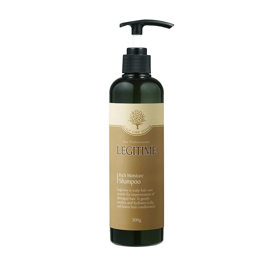 шампунь для максимального увлажненияRich Moisture Shampoo. Шампунь для максимального увлажнения<br><br>Экстракт плюща обладает себорегулирующим действием и препятствует появлению сухости кожи головы (ксероза), он также насыщает кожу питательными и увлажняющими веществами, и поддерживает оптимальный уровень увлажненности кожи головы. &amp;nbsp;<br><br>&amp;nbsp;<br><br>Комплекс антибактериальных компонентов (климбазол, пиритион цинка) борется с бактериями, вызывающими появление перхоти и являющимися причиной выпадения волос, снимает зуд и раздражение. &amp;nbsp;<br><br>&amp;nbsp;<br><br>Масло ромашки обладает антибактериальным и успокаивающим эффектами.<br><br>&amp;nbsp;<br><br>Применение: Нанесите необходимое количество средства на влажные волосы и кожу головы. Массируйте в течение 2-3 минут. Тщательно смойте водой. Для лучшего результата повторите процедуру дважды<br><br>&amp;nbsp;<br><br>Состав: Water, Ammonium Laureth Sulfate, Ammonium Lauryl Sulfate, Glycol Distearate, &amp;nbsp;Cocamidopropyl Betaine, Zinc Coceth Sulfate, Dimethicone, Propylene Glycol, Cocamide MEA, Glycerin, Butylene Glycol, Menthol, Zinc Pyrithione, Polyquaternium-10, Sodium Chloride, Quaternium-18, Polyquaternium-7, Camphor, Guar Hydroxypropyltrimonium Chloride, Cetrimonium Chloride, Trideceth-10, Isopropyl Alcohol, PEG-400, Sodium Polynaphthalenesulfonate, Climbazole, Diisopropyl Adipate, Magnesium Nitrate, Melaleuca Alternifolia (Tea Tree) Leaf Oil, Portulaca Oleracea Extract, Magnesium Chloride, Prunus Mume Fruit Extract, Tremella Fuciformis (Mushroom) Extract, Lonicera Japonica (Honeysuckle) Flower Extract, Oryza Sativa (Rice) Extract, Sesamum Indicum (Sesame) Seed Extract, Hizikia Fusiforme Extract, Pinus Koraiensis Seed Extract, Brassica Napus Extract, Bezophenone-5, Triclosan, sodium Benzoate, Iodopropynyl Butylcarbamate, Phenoxyethanol, Ethylhexylglycerin, Methylchloroisothiazolinone,Methylisothiazolinone, CI 19140, CI15985, CI 42090, Fragrance<br><br>&amp;nbsp;<br><br>Объем: 300 г<b