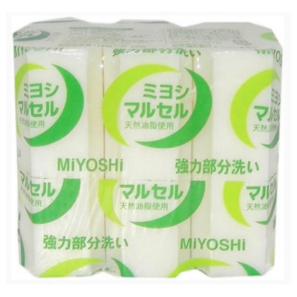 набор мыла для стирки miyoshi maruseru soap setMaruseru Soap Set. Набор мыла для стирки<br><br>Мыло предназначено специально для точечного застирывания стойких загрязнений. Отличается высокими отстирывающими свойствами, удаляет стойкие запахи, следы желтизны за счёт наличия в составе щелочных компонентов (солей кремниевой кислоты), легко справляется с такими загрязнениями, как грязь, жир, машинное масло. Твердое, без красителей, со слабо выраженным ароматом.<br><br>Меры предосторожности: Используйте строго по назначению. Не для стирки шёлка и шерсти. Людям с повышенной чувствительностью кожи, а также при длительном контакте кожи рук с водой рекомендуется использовать резиновые перчатки. Избегайте попадания в глаза мыльного раствора, при попадании немедленно промойте глаза водой. После использования храните мыло в сухом месте.<br><br>Состав: чистая (без примесей) мыльная основа (натриевая соль с содержанием жирных кислот 78%), щелочные компоненты (силикаты).<br><br>Вес: 140 г х 3 шт<br><br>Вес г: 420.00000000