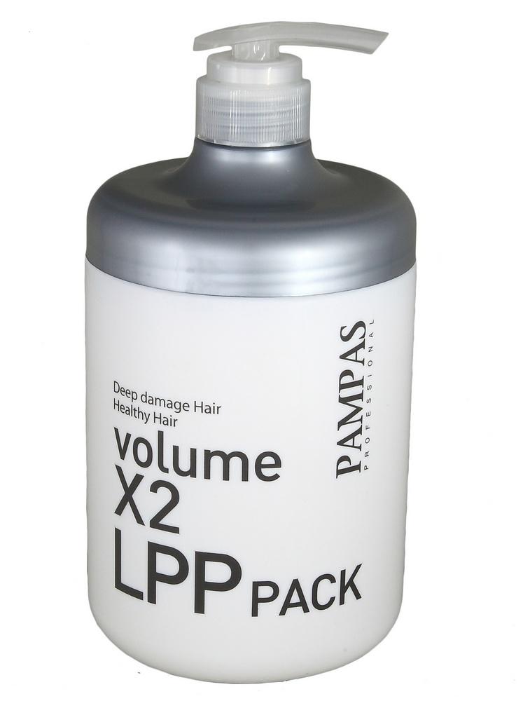 восстанавливающая маска для волос интенсивная терапия pampas volume x2 lpp hair packVolume X2 LPP Hair Pack.&amp;nbsp;Восстанавливающая маска для волос Интенсивная терапия<br><br>Глубокое восстановление волос и защита от повреждений - это настоящий салонный уход, который доступен в домашних условиях!<br><br>Маска обогащена уникальным липопротеиновым комплексом LPP, который содержит аминокислоты и витамины. Средство воздействует на волосы по всей длине, регенерируя поврежденные участки и восстанавливая каждый сантиметр Ваших волос!<br><br>Также в состве маски протеины, масло жожоба и экстракт меда. Эти компоненты питают сухие и ломкие волосы, обеспечивают ослепительный блеск и эластичность волос.<br><br>Маска работает как многофункциональное уходовое средство:<br><br><br>бережно ухаживает<br><br>препятствует потере волос из-за ломкости<br><br>запаивает секущиеся концы<br><br>обеспечивает блеск и шелковистость<br><br>укрепляет структуру волос<br><br>повышает прочность каждого волоса<br><br>окутывает волосы от корней до кончиков, защищая от повреждений<br><br><br>При регулярном применении качественно восстанавливает здоровье и красоту Ваших волос!<br><br>Способ применения:<br><br><br>для сильно поврежденных волос наносить маску на вымытые слегка влажные волосы и выдерживать 10-20 минут (пакет-полотенце или использование специальной термошапки)<br><br>можно использовать регулярно как кондиционер - нанести на вымытые влажные волосы, через несколько минут смыть<br><br>для защиты волос при окрашивании и химической завивке - перед окрашиванием нанести маску на всю длину волос и высушить феном, после процедуры снова нанести маску<br><br><br>Объем: 1000 мл<br>