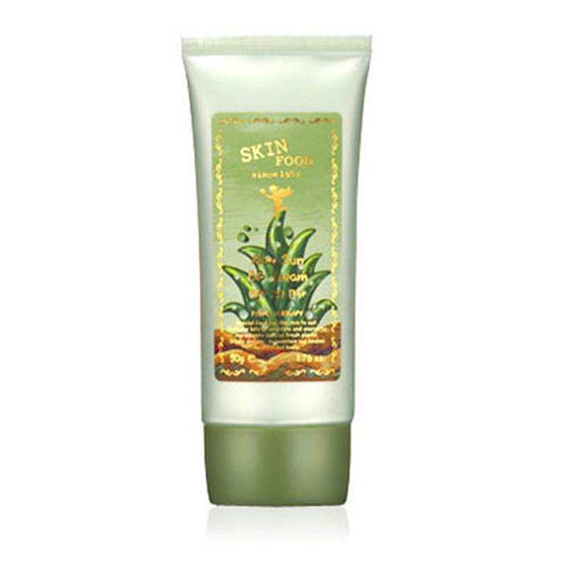 крем бб с экстрактом алое skin food  aloe sun bb creamЗамечательный успокаивающий и увлажняющий Aloe Sun BB Cream особенно подходит для чувствительной кожи, склонной к раздражениям.<br><br>Крем дает естественное покрытие, хорошо распределяется по коже, обеспечивает длительное матирование, скрывает поры и покраснения, заметно выравнивает тон кожи.<br><br>Входящий в его состав экстракт алоэ обладает сильнейшим противовоспалительным, антивирусным и антигрибковым действием, успокаивает и снимает напряжение у чувствительной кожи, а также открывает и очищает поры, снимает воспаления, залечивает угри.<br><br>За счет входящих в его состав полисахаридов, алоэ вера прекрасно увлажняет и питает кожу, активирует местный иммунитет, надежно защищая кожу от неблагоприятных факторов внешней среды и УФ-излучения.<br><br>Крем оказывает терапевтическое действие, во время его использования кожа становится здоровее, исчезают раздражения.<br><br>Выпускается в 2-х оттенках:<br><br><br>№1 – Radiant Skin (светлый с желтоватым подтоном)<br><br>№2 – Natural Skin (бежевый с розоватым подтоном)<br><br><br>При регулярном применении крема заметно повышается эластичность и упругость кожи, исчезают мелкие морщины и заметно сглаживаются глубокие, осветляется пигментация.<br><br>Способ применения:&amp;nbsp;Нанести крем на очищенную и тонизированную кожу, равномерно распределить и подождать несколько минут, пока крем усядется, затем продолжить нанесение макияжа.<br><br>Вес: 50 г<br><br>Вес г: 50.00000000