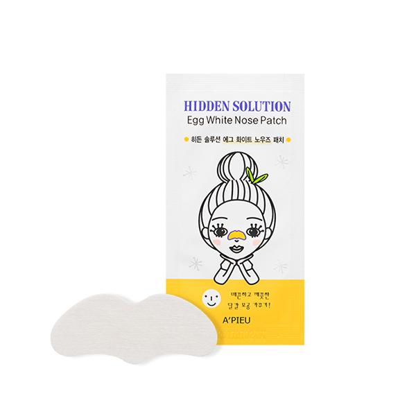 патч для носа с экстрактом яичного белка apieu hidden solution egg white nose patchHidden Solution Egg White Nose Patch. Патч для носа с экстрактом яичного белка<br><br>Любая девушка стремится избавиться от черных точек, закупоренных и расширенных пор на носу. С патчами для носа очистить кожу от черных точек и сальных пробок стало как никогда просто. Патчи легко прикрепляются на нос, вытягивают все загрязнения из пор и удаляют их.<br><br>В состав патчей входят натуральные экстракты, которые разглаживают кожу, нормализуют водно-жировой баланс кожи, устраняют жирный блеск, сужают поры и матируют.<br><br>Очищающие патчи компактны и удобны в применении, позволяют легко и просто ухаживать за кожей носа в домашних условиях.<br><br>Способ применения: Очистить лицо от макияжа и на влажную кожу носа наклеить пластырь. Примерно через 10-15 минут, когда пластырь высохнет, отклеить его и ватной палочкой протереть нос.<br><br><br>Характеристики товара<br><br><br><br><br>Тип кожи<br><br>жирная; комбинированная; проблемная<br><br><br><br>Тип маски<br><br>патч; пластырь<br><br><br><br>Функции<br><br>очищение пор; сужение пор<br><br><br><br>Несовершенства<br><br>черные точки; расширенные поры<br><br><br><br><br><br>Вес: 1 г<br><br>Вес г: 1.00000000