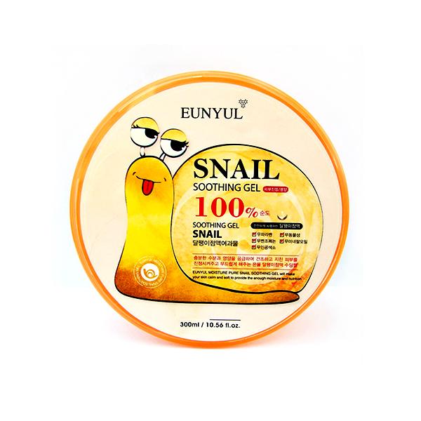 гель для лица и тела с муцином улитки eunyul snail 100% soothing gelSnail 100% Soothing Gel. Гель для лица и тела с муцином улитки<br><br>Гель с высокой концентрацией улиточного муцина является универсальным средством для ухода за лицом, телом, волосами и даже кутикулой. Гель можно использовать для лечения солнечных ожогов, а также после эпиляции или чтобы просто охладить и освежить усталую кожу после тяжелого рабочего дня.<br><br>Муцин улитки – абсолютно натуральный компонент, не имеющий возрастных и других ограничений, не вызывающий аллергии и применяемый как женщинами, так и мужчинами. Подходит для ухода за любым типом кожи и в любом возрасте. Гель с улиткой обладает приятной, слегка тягучей, легкой консистенцией, хорошо распределяется по коже, помогает справиться с внешними проблемами кожи, такими как шелушение, сухость, трещинки, микротравмы, акне, розацея, расширенные поры, излишняя жирность и т.д.<br><br>Улиточный муцин, благодаря содержащемуся в нем белку, способствует более быстрому заживлению повреждений, препятствует образованию пост-акне, способствует рассасыванию уже имеющихся застойных пятен и шрамов. Кроме того, нормализует работу сальных желез, способствует отшелушиванию ороговевших клеток и тем самым обновлению кожного покрова.<br><br>При регулярном применении, гель с муцином улитки оказывает омолаживающее и обновляющее воздействие на кожу, выравнивает ее рельеф, разглаживает мелкие морщинки, способствует постепенному осветлению пигментации и тона кожи. Гель с муцином оказывает антиоксидантный эффект, защищая кожу от преждевременного хроностарения и фотостарения. Прохладный гель снимает отечность, улучшает цвет и текстуру кожи.<br><br><br>Характеристики товара<br><br><br><br><br>Возраст<br><br>все<br><br><br><br>Тип кожи<br><br>для всех типов<br><br><br><br>Функции<br><br>антивозрастной уход; восстановление и регенерация; выравнивание тона; питание; повышение упругости; повышение эластичности; разглаживание морщин; сглаживание рельефа кожи; смягчени